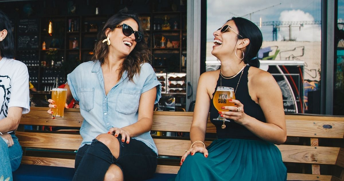 Freizeit, Drinks, Lachen